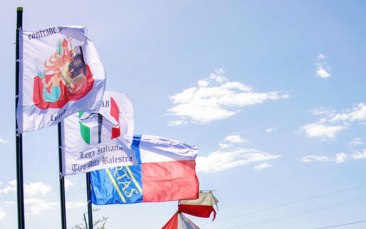 campo tiri bandiere litab contrade libertas
